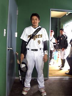 藤本敦士内野手
