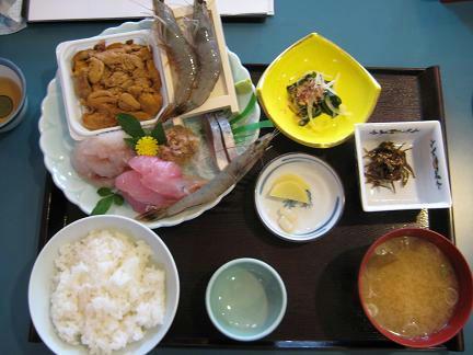 ウニ・エビ定食