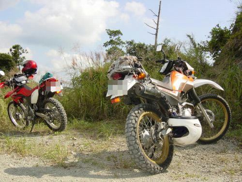XR230とセロー225