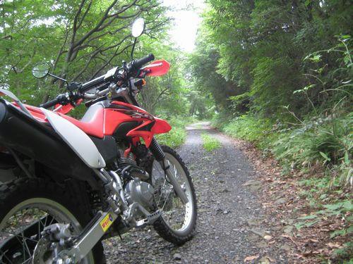 加波山神社から先の道