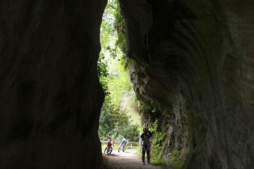 戸面原のトンネル