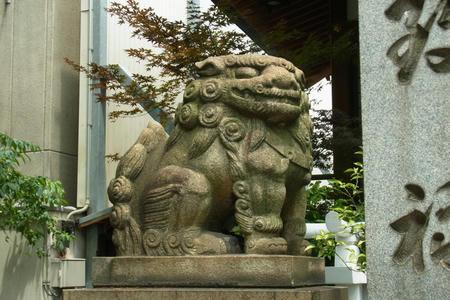 狛犬・吽形