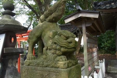 稲荷社の狛犬