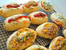 ずらりと並んだお惣菜パン
