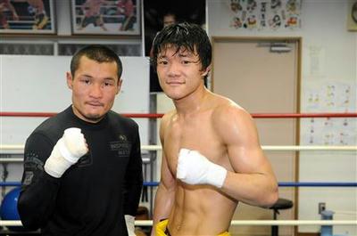 亀田大毅、WBA王者・名城とスパーリング
