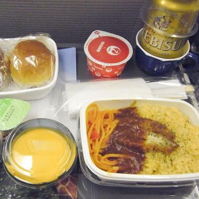 【Hawaii】日本からハワイへの機内食(写真食堂)