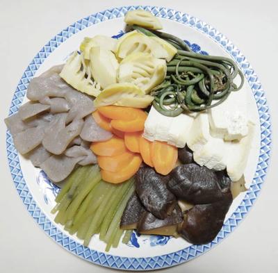 手作り煮しめ タケノコ わらび