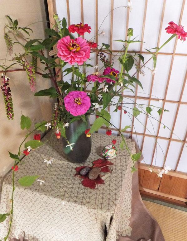 生け花 ダリア 山ブドウ